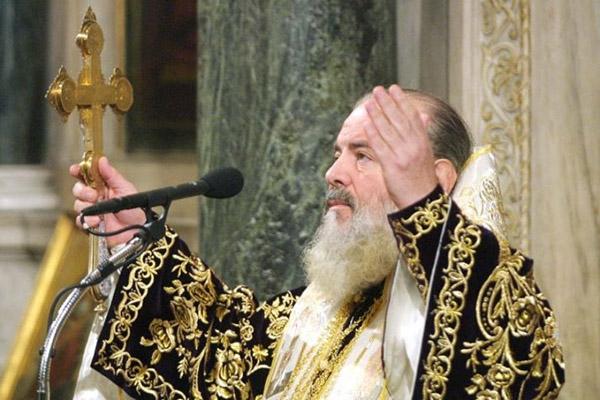 «Η Ελλάδα κόντυνε χωρίς τον Χριστόδουλο»