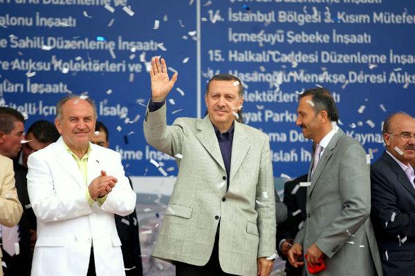 You are currently viewing Η Τουρκία βάζει τον Ερντογάν… στο ράφι