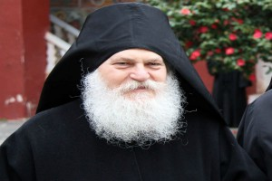 Ο Ηγούμενος της Ιεράς Μονής Βατοπαιδίου Αρχιμ. Εφραίμ στο Βόλο