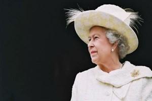 Στο Βατικανό μετά από 34 χρόνια η βασίλισσα της Αγγλίας