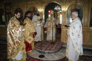 Προσβολή προς την Εκκλησία και προς τους αρχιερατικούς όρκους που έδωσε η συμπεριφορά του  Θεσσαλιώτιδος Κυρίλλου– Να ζητηθούν ευθύνες  και να τιμωρηθούν παραδειγματικά, όσοι κρύβονται πίσω από το… φιάσκο!