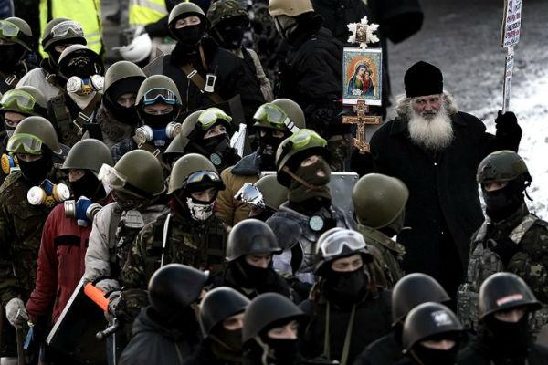 Κίεβο:Και Ιερείς στο πεδίο της μάχης