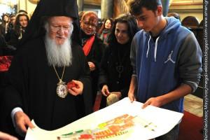 Μαθητικές φωνές πλημμύρισαν το Οικουμενικό Πατριαρχείο (ΦΩΤΟ)