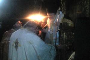 Το οφίκιο του Αρχιμανδρίτη στο νέο Καθηγούμενο της Αγιορείτικης Ι.Μονής Οσίου Γρηγορίου