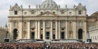Bild: Προσπάθησαν να στείλουν στο Βατικανό ναρκωτικά κρυμμένα σε προφυλακτικά