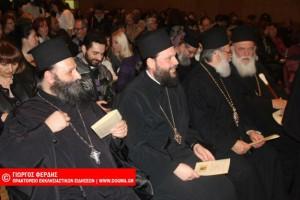 Αρχιεπίσκοπος: «Ο κόσμος υποφέρει γιατί κόβει τις ρίζες με την παράδοση..»