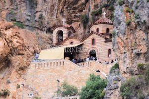 Γιορτάζει η Ι.Μονή της Αγίας Ελεούσας στο φαράγγι της Κλεισούρας