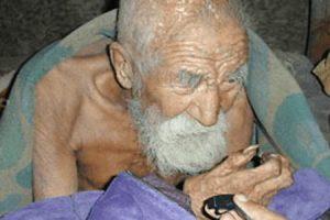 Αυτός ο άντρας ισχυρίζεται ότι είναι 179 ετών -Βγήκε στη σύνταξη στα 122 και δε ζει κανένας από την οικογένειά του