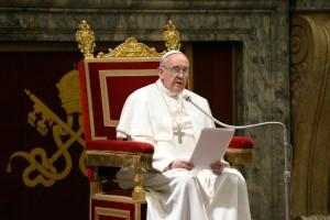 """Ιστορική """"συγγνώμη"""" του Πάπα για τα σεξουαλικά εγκλήματα ιερέων σε βάρος παιδιών"""