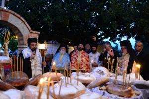 Πλήθος πιστών στην Εορτή της Παναγίας στη Σγράπα της Μεσσηνίας