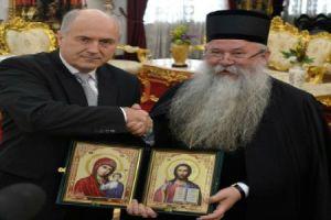 Ο Ύπατος Εκπρόσωπος του ΟΗΕ στη Βοσνία στην Επισκοπή Ζβορνικίου