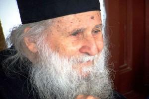 Ο Γέροντας Ιωσήφ Βατοπεδινός και οι εκτρώσεις: Απάντηση της Ιεράς Μονής Βατοπαιδίου στους άθλιους συκοφάντες