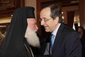 """"""" Ο αρχιεπίσκοπος χειρίζεται με μεγάλη μαεστρία την Αριστερά και τη Δεξιά του Κυρίου…"""""""