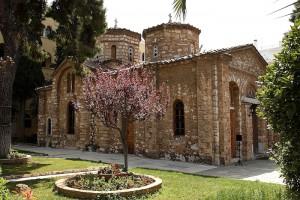 Στο..στόχαστρο του ΚΚΕ η  Μονή Πετράκη