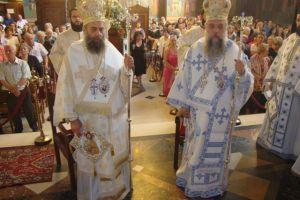 Η πρώτη Αρχιερατική Θεία Λειτουργία του Θεσσαλιώτιδος Τιμοθέου (ΦΩΤΟ)