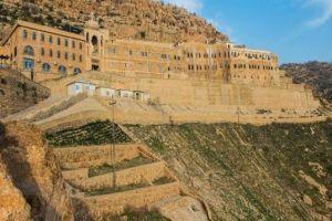 Οι Κούρδοι προστατεύουν το αρχαιότερο χριστιανικό μοναστήρι στο Ιράκ