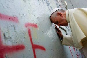 """Μητροπολίτης χαρακτηρίζει """"πυροτέχνημα"""" τη συνάντηση Τσίπρα με τον Πάπα Φραγκίσκο!"""