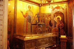 Λιτανεία της εικόνας του Αγίου Δημητρίου και της Παναγίας Τριφώτισσας παραμονή της εορτής του πολιούχου
