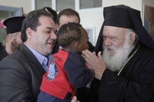 """Αρχιεπίσκοπος: """"Τι βάζουμε μπροστά; Το κόμμα ή την πατρίδα;"""""""