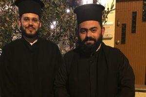Δύο κληρικοί στα Χανιά, γνώστες της κρητικής παραδοσιακής μουσικής