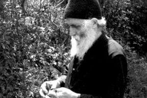 Ντοκουμέντο-Επιστολή Αγίου Παϊσίου, για την αντικανονική «καθαίρεση» του Αρχιεπισκόπου Μακαρίου Γ΄