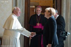 Η Άνγκελα Μέρκελ στον Πάπα Φραγκίσκο