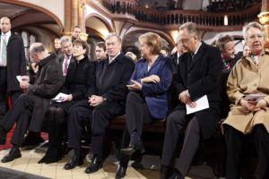 Η Α.Μέρκελ φορολογεί την χριστιανική πίστη – Χιλιάδες χριστιανοί εγκαταλείπουν τις εκκλησίες
