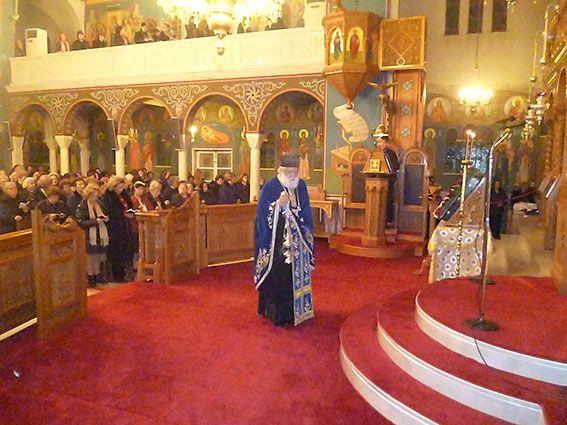 You are currently viewing Ο Πρωτοπ. Θωμάς Συνοδινός, στον Αγιο Γεώργιο Ζωγράφου, στη Β Στάση των  Χαιρετισμών