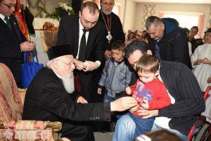 Χριστιανούς πρόσφυγες από το Ιράκ επισκέφθηκε ο Οικουμενικός Πατριάρχης