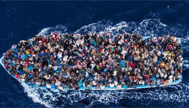 """Μητροπολίτης Σύρου: """"Είμαστε όλοι μετανάστες. Και ο Ιησούς ξένος ήταν"""""""