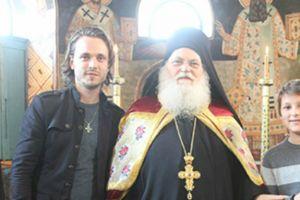 Ο Σταρ του Χόλιγουντ, Τζόναθαν Τζάκσον: Ο Ηγούμενος Εφραίμ έχει την αγάπη του Χριστού μέσα του (ΒΙΝΤΕΟ & ΦΩΤΟ)