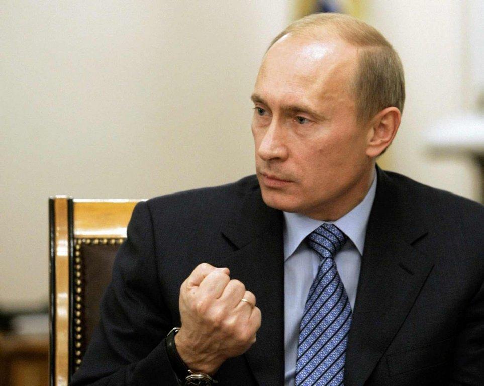 You are currently viewing Ο Πούτιν απειλεί Ερντογάν για την Αγιά Σοφιά και ξεφτιλίζει τους δικούς μας νενέκους…