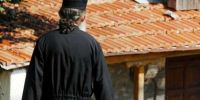 Άρχισαν οι προπηλακισμοί Ιερέων.. Στη Στρατονίκη Χαλκιδικής το πρώτο θύμα!