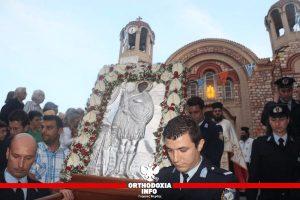 Αστυνομικοί λιτάνευσαν την εικόνα του προστάτη αγίου τους Αρτεμίου στο Παγκράτι