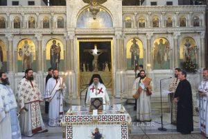 Η αρχαιοπρεπής Θεία Λειτουργία του Αγίου Ιακώβου στην Ι.Μ. Λαρίσης (ΦΩΤΟ)