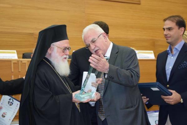 Διεθνές τιμητική διάκριση απονεμήθηκε στον Αρχιεπίσκοπο Αλβανίας Αναστάσιο