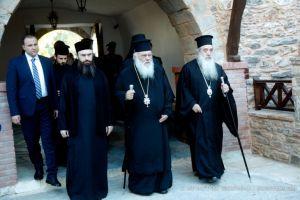 """Αρχιεπίσκοπος Ιερώνυμος: """"Αυτές εδώ οι εσχατιές έχουν κάτι ιδιαίτερο να προσφέρουν σε όλους μας"""""""