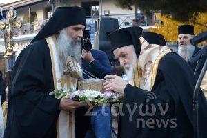 Η Καλαμπάκα υποδέχθηκε την Κάρα του Αγίου Χαραλάμπους