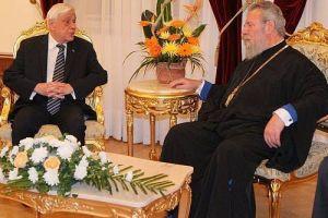 Συνάντηση Αρχιεπισκόπου Κύπρου με  Προκόπη Παυλόπουλο
