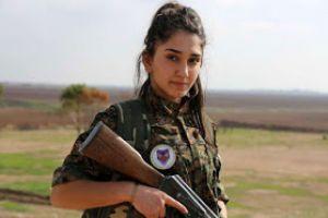 Με το Σταυρό στο στήθος πολεμούν τα κορίτσια στη Συρία!!
