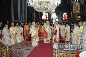 Η Καρδίτσα τίμησε τον Πολιούχο της Άγιο Σεραφείμ (ΦΩΤΟ)