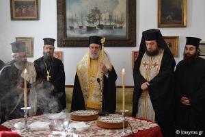 """Σύρου Δωρόθεος: """"Να συνεχίσετε την καλή διακονία προς το Ιερό Εικόνισμα"""""""