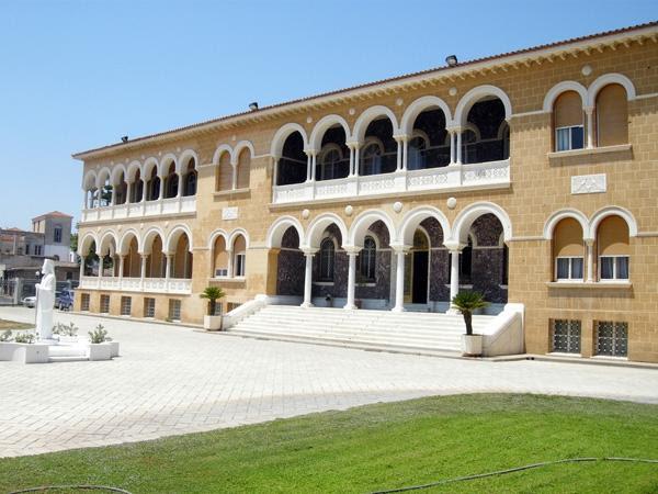 Με απόφαση  του Αρχιεπισκόπου  Κύπρου θα βαφτιστούν δωρεάν  όλα τα αβάφτιστα παιδιά
