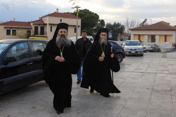 Η Παναγία Υπαπαντής στο θρόνο της στην  Καλαμάτα