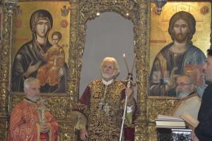 Στιγμές πνευματικής ανάτασης κατά την Ευχαριστιακή Σύναξη του Αγίου Φωτίου στη Χάλκη