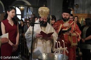 Μια ξεχωριστή βάπτιση μέσα στη θεία λειτουργία  στην Μητρόπολη Μαρωνείας