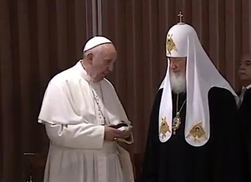 Το  δώρο του Πάπα Φραγκίσκου στον Πατριάρχη Κύριλλο