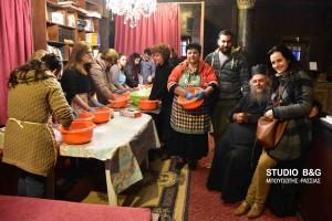 Στον Ιερό Ναό Παναγίας Ναυπλίου παρασκευάζουν ουράνιο μοσχολίβανο