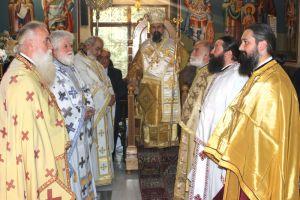 Στον Άγιο Αθανάσιο Πολυδρόσου λειτούργησε ο νέος Μητροπολίτης Καρπενησίου Γεώργιος