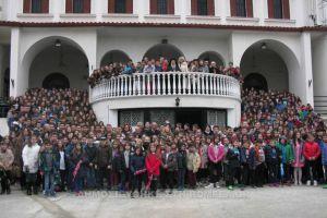 Μαθητές τεσσάρων σχολείων Ζωοδόχου Πηγής Αμπελοκήπων Λάρισας, στην Προηγιασμένη Θεία Λειτουργία
